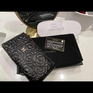 Chanel Camelia phone/card case